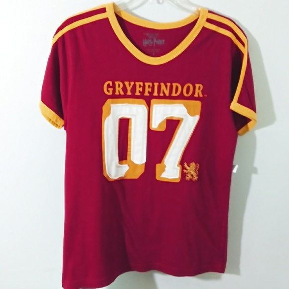 Universal Tops - NWT Harry Potter Gryffindor shirt Small